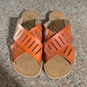 GAP Criss Cross Cutout Sandals